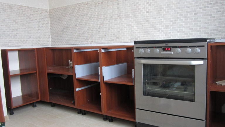 Сборка кухонной мебели своими руками