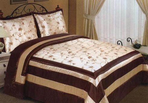 Покрывало на двуспальную кровать сшить