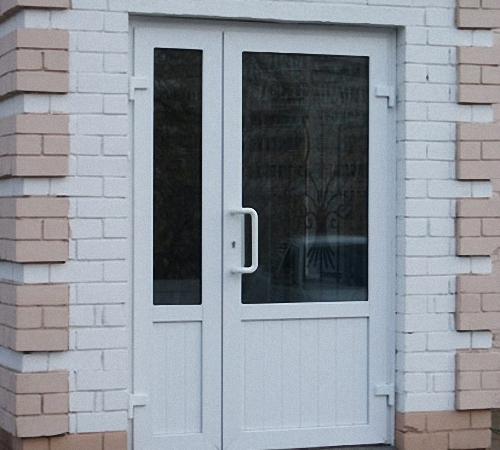 Фото пластиковых дверей