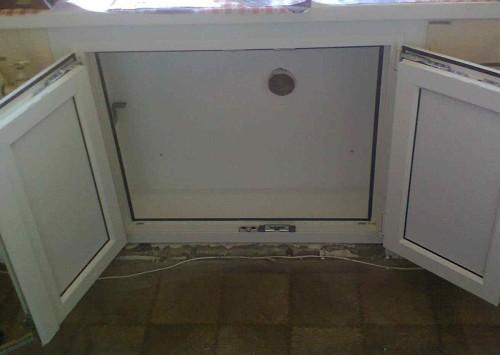 Холодильник под окном отделка своими руками фото фото 139
