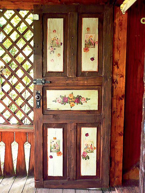 Как сделать декупаж на дверь