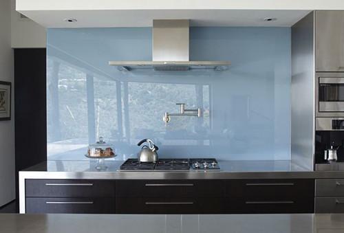 фото кухонные фартуки из стекла