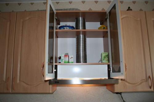 Короб-на-кухне-на-вытяжку-встраиваемой-модификации