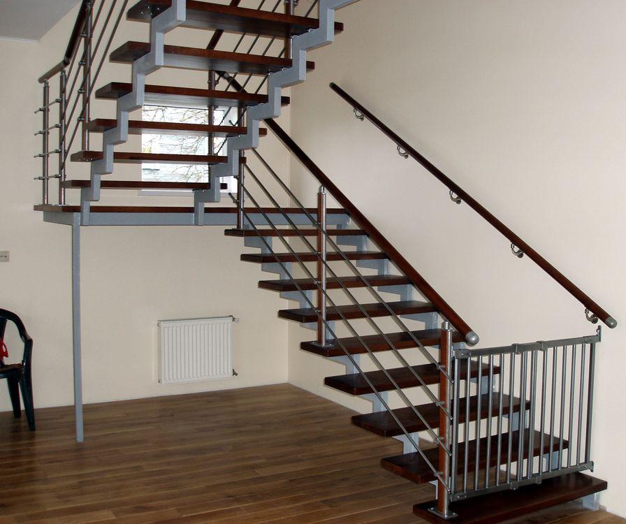 Металлическая межэтажная лестница своими руками