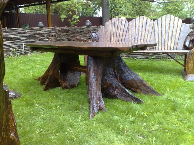стол из корня дерева фото