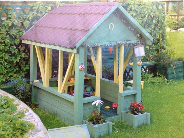 Как сделать небольшой домик для детей 5