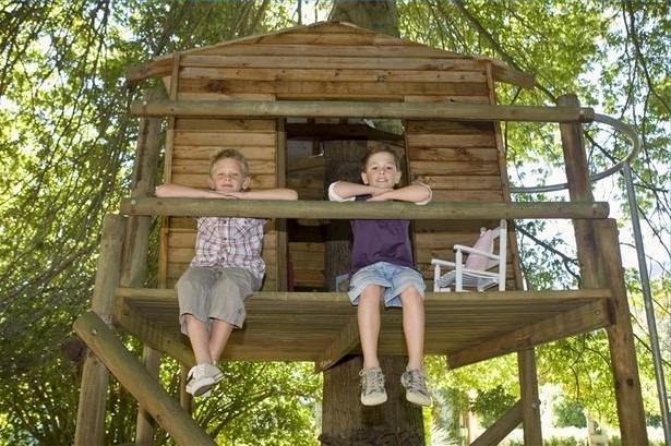 Построить своими руками домик на дереве
