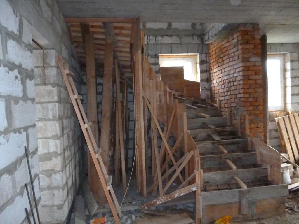 схема опалубки для бетонных лестниц