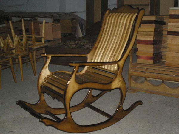 Деревянные кресла качалки своими руками фото