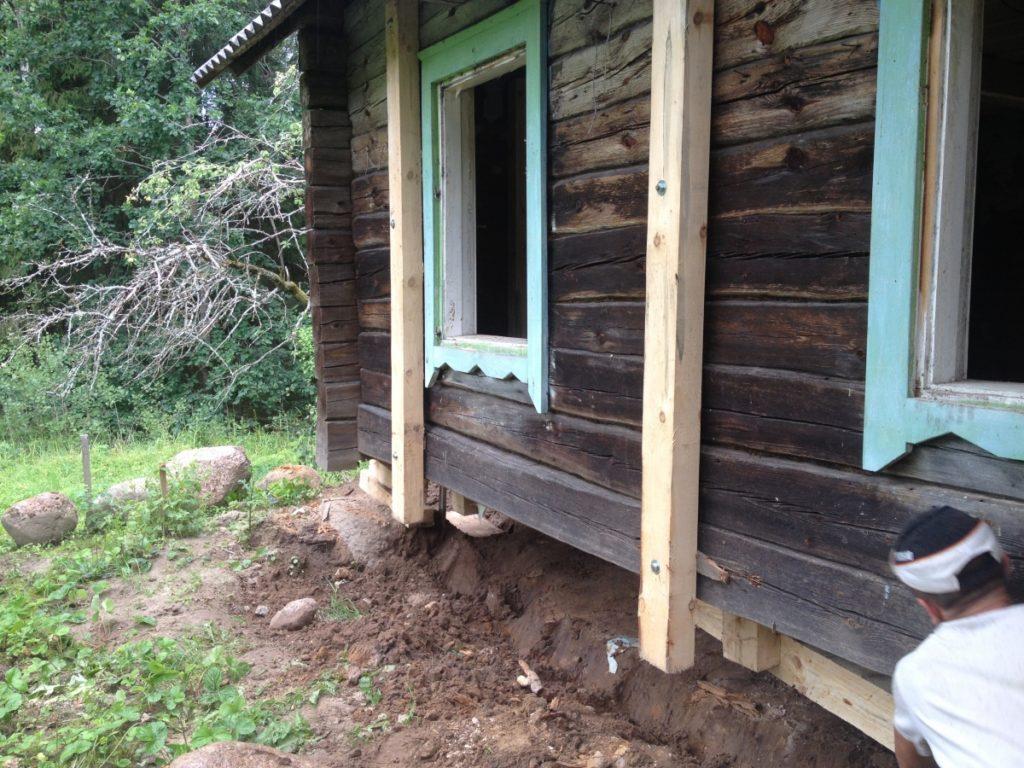 Ремонт нижних венцов деревянного дома