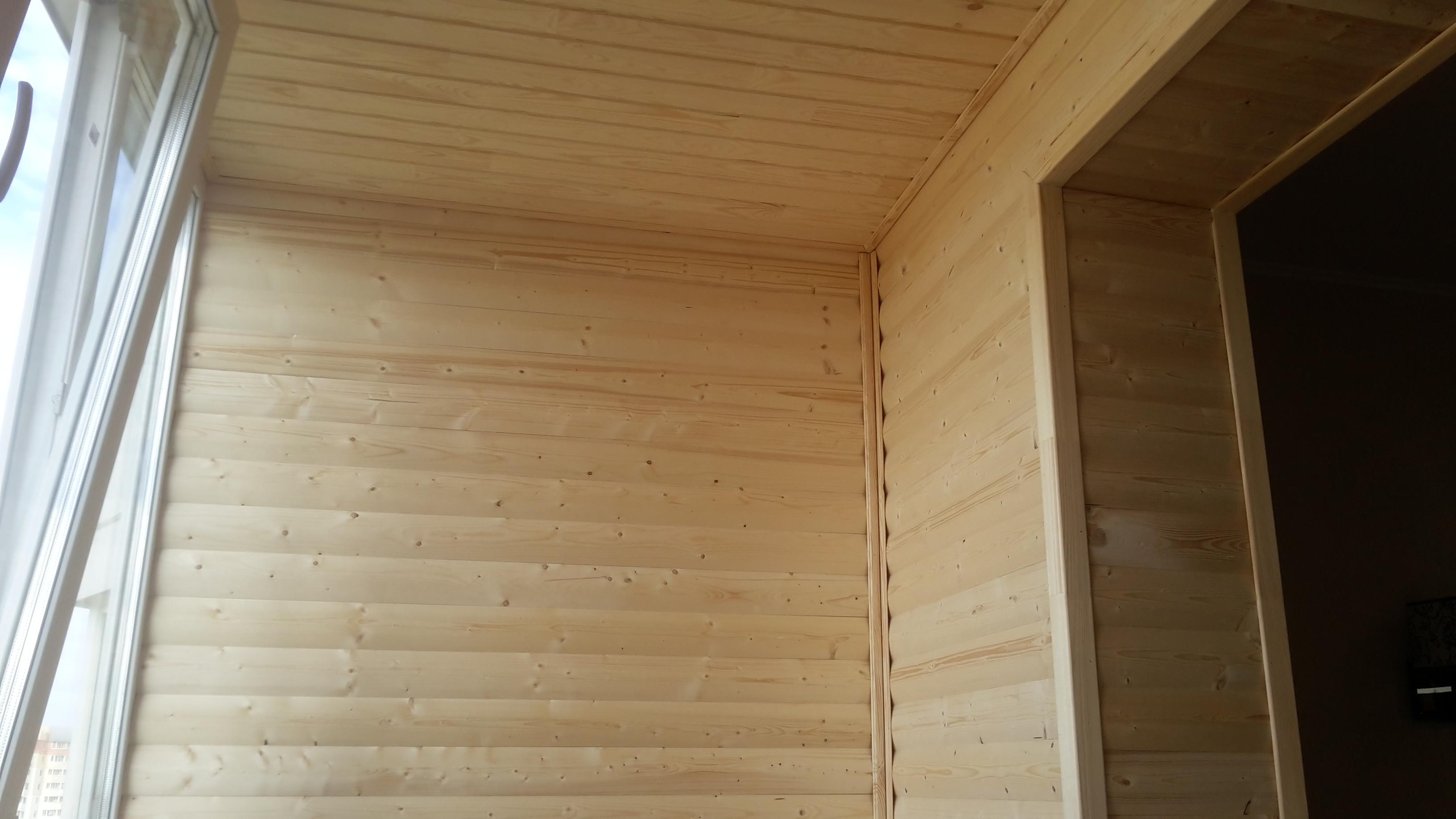 Внутренняя отделка балкона блок-хаусом. преимущества блок-ха.