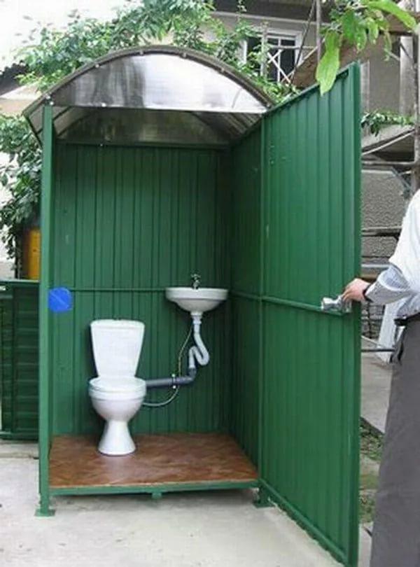 Монтаж туалета на даче