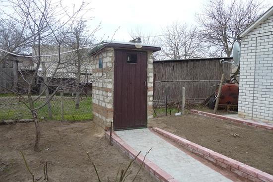 Туалет из кирпича своими руками на даче